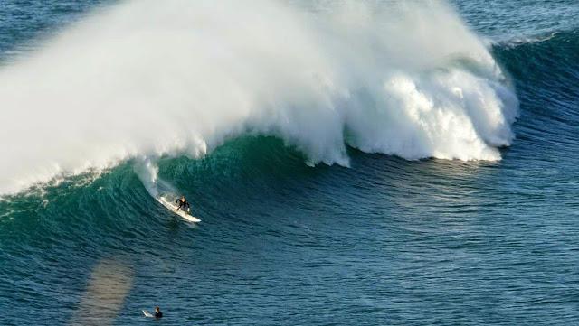 surfing menakoz 26