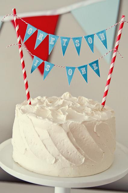Топпер на торт флажки