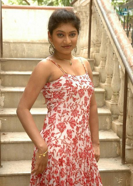 Unseen Navel Hamsika Hot sizzling gallery Pretty