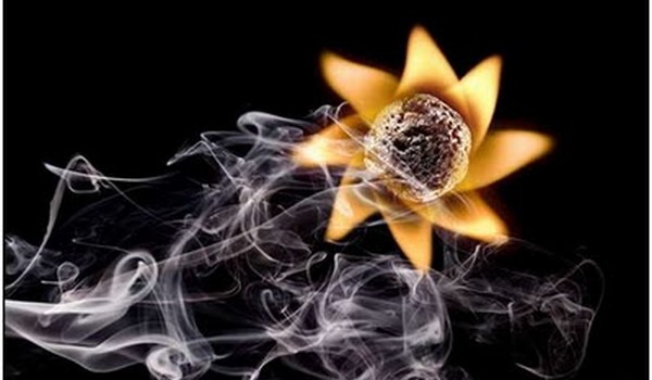 El arte de jugar con fuego by PolTergejst