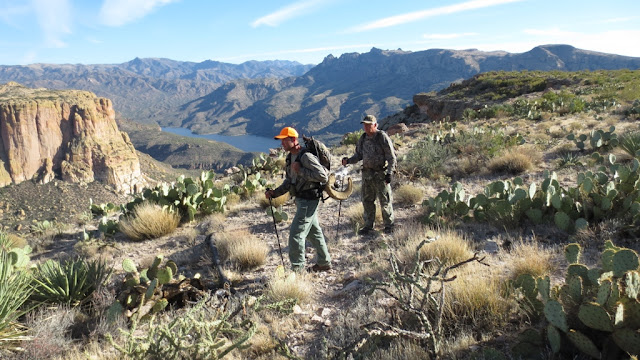 Arizona+Desert+Bighorn+Sheep+Hunting+in+Unit+22+with+Colburn+and+Scott+Outfitters+12.JPG