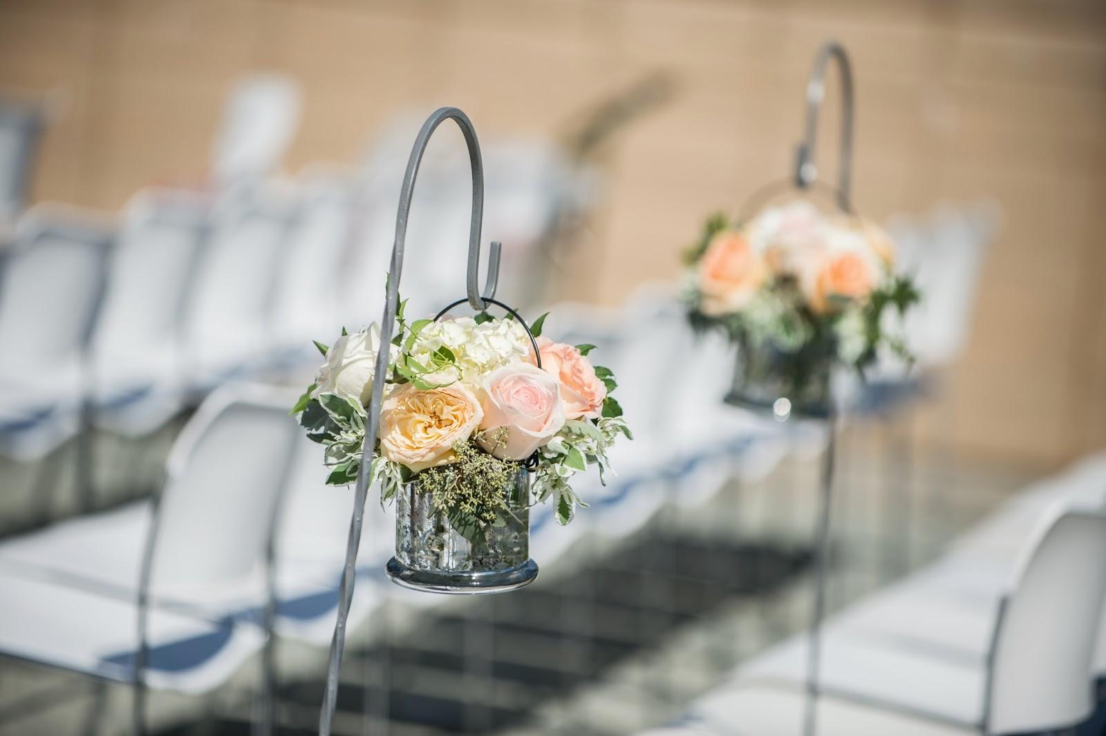 silver-mercury-glass-ceremony-decor
