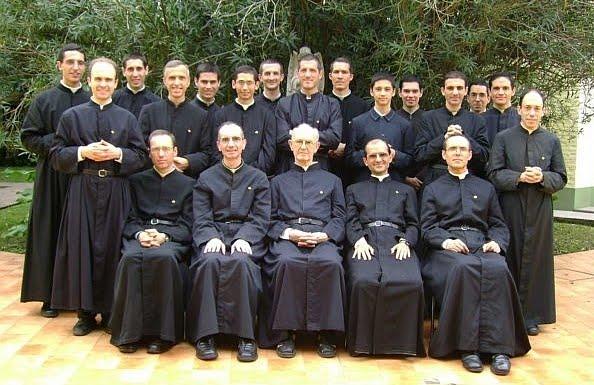 Divinas Vocaciones Religiosas.: 38. Sociedad Misionera de