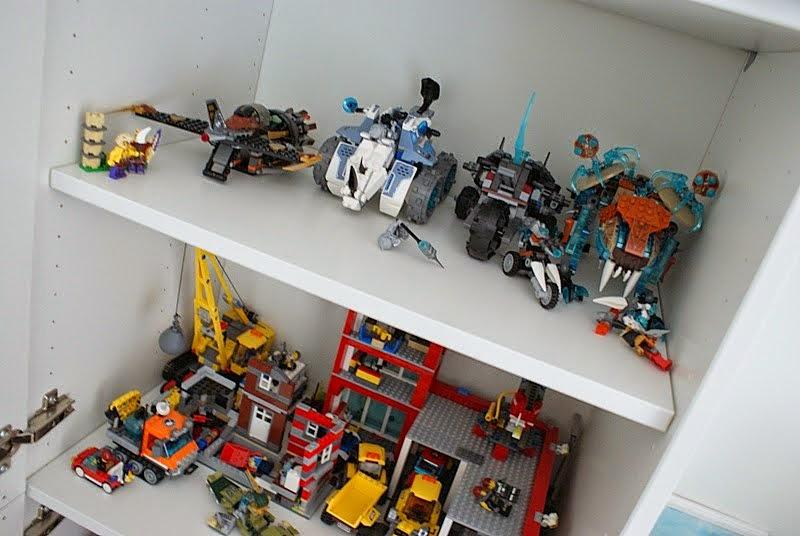 lastenhuoneen säilytys, pojanhuoneen sisustus,legot