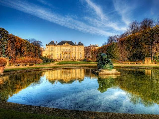 Paisagem com o Museu Rodin ao fundo.