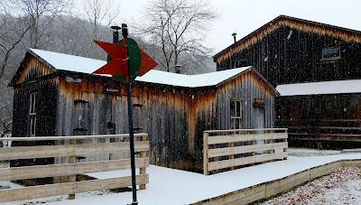 PA_Lumber_Museum_lumber_camp