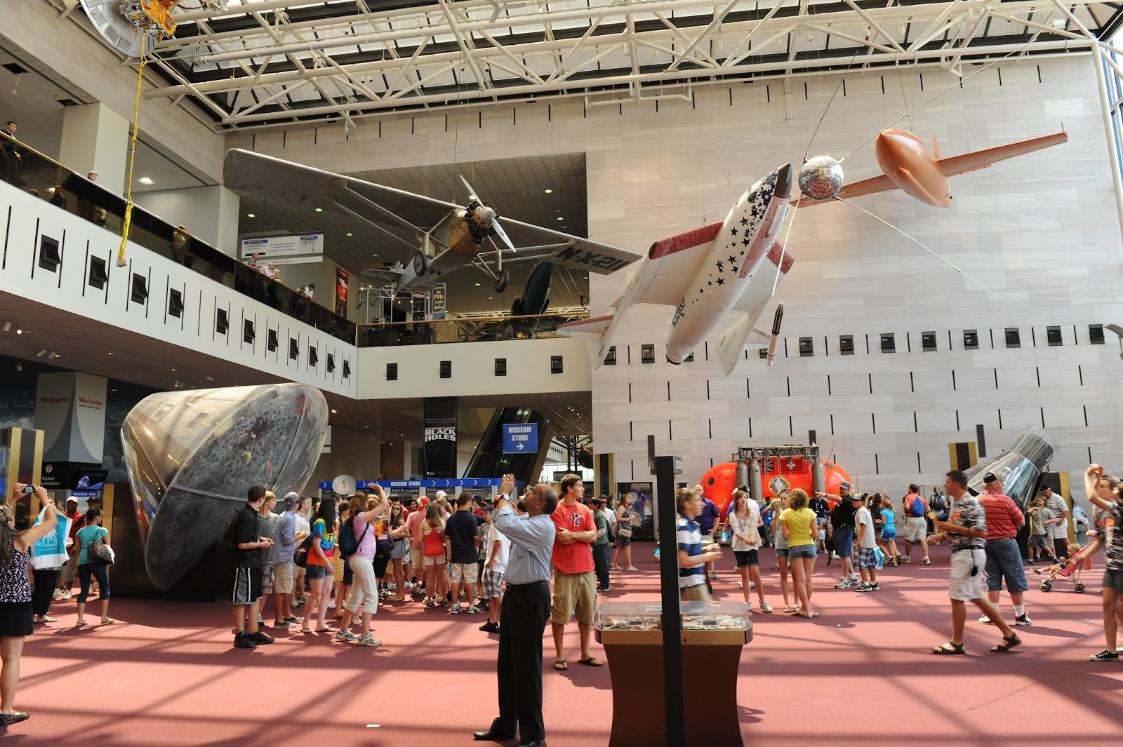 These Are The 25 Best Museums In The World - National Air and Space Museum