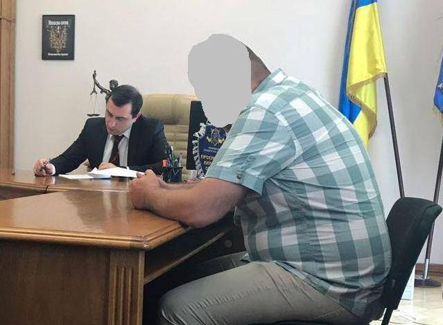 Депутату Згурівської райради повідомив про підозру особисто прокурор Київської області (ФОТО)