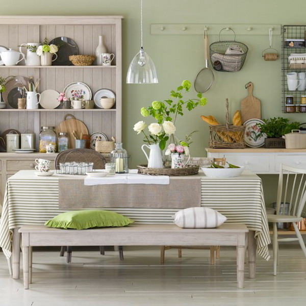 Kitchen Dining Room Interior Design: Heir And Space: Decorating With Green