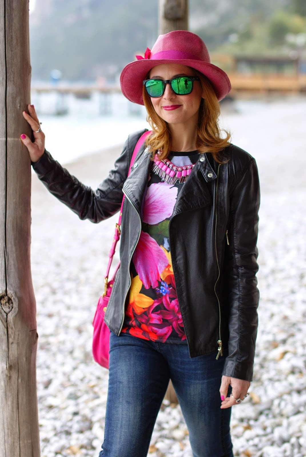 Rosé a pois hat, Sodini necklace, Shopart t-shirt, Fashion and Cookies, fashion blogger