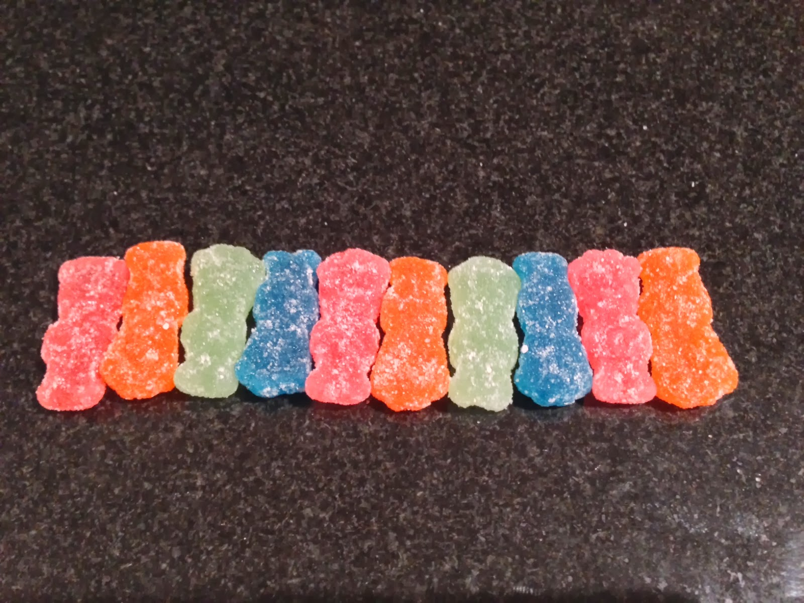 what does a quadrillion sour patch kids look like