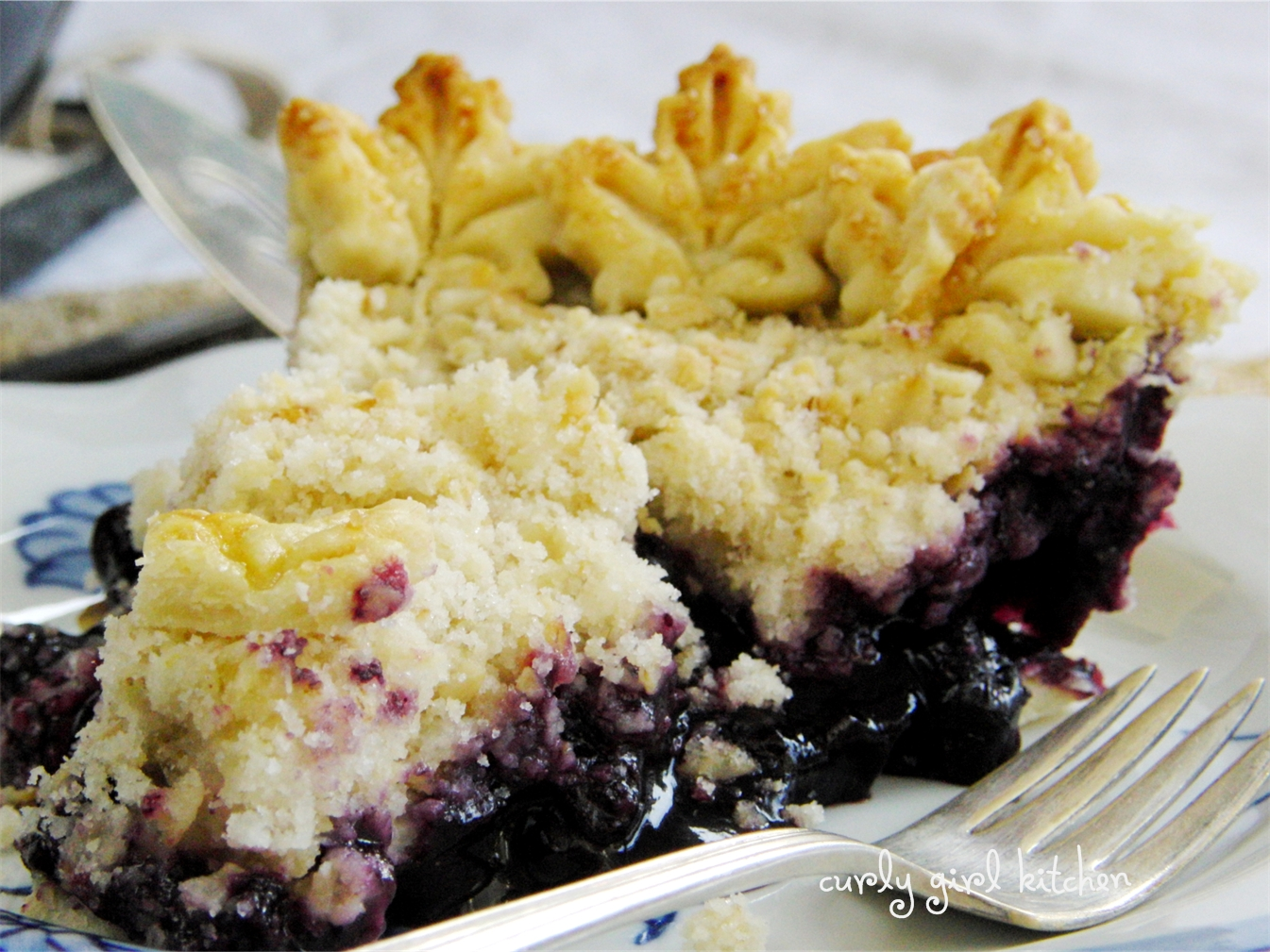Curly Girl Kitchen: Blueberry Crumb Pie for a Wintry Weekend