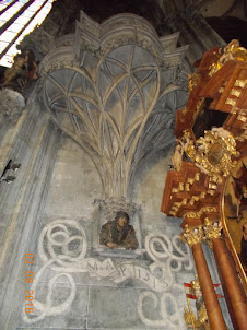"""Baroque religious decor of """"St Stephens Cathedral"""" in Vienna."""