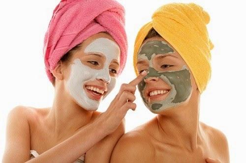 Masker Wajah Alami Untuk Kulit Berminyak Dan Jerawat