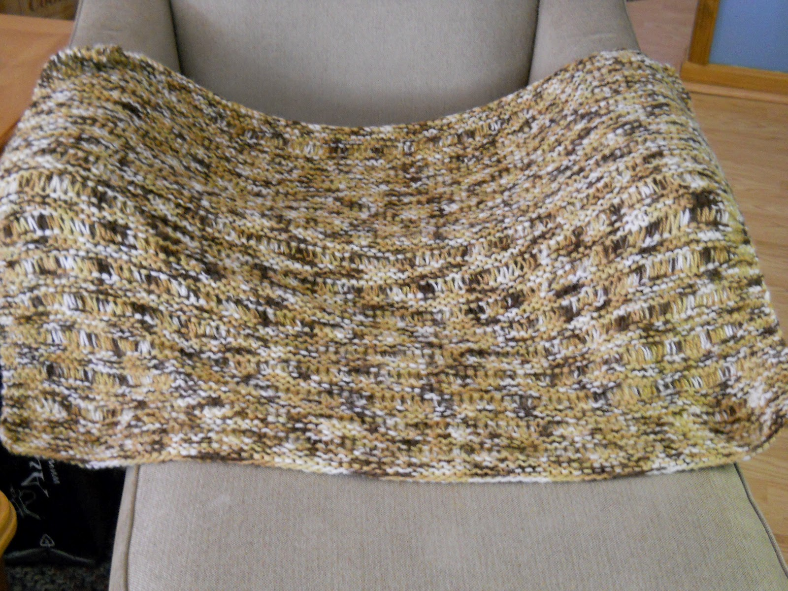 Knitting with Schnapps: Introducing the Komfort Kover!