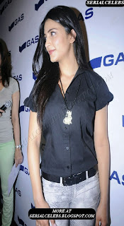 Shruti Hassan new photo in jeans