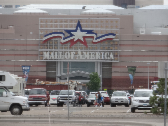 Walkabout With Wheels Blog The Mall Of America In Bloomington