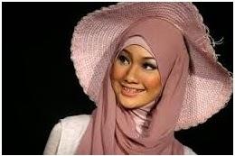 jilbab yang cocok untuk jenis kulit gelap