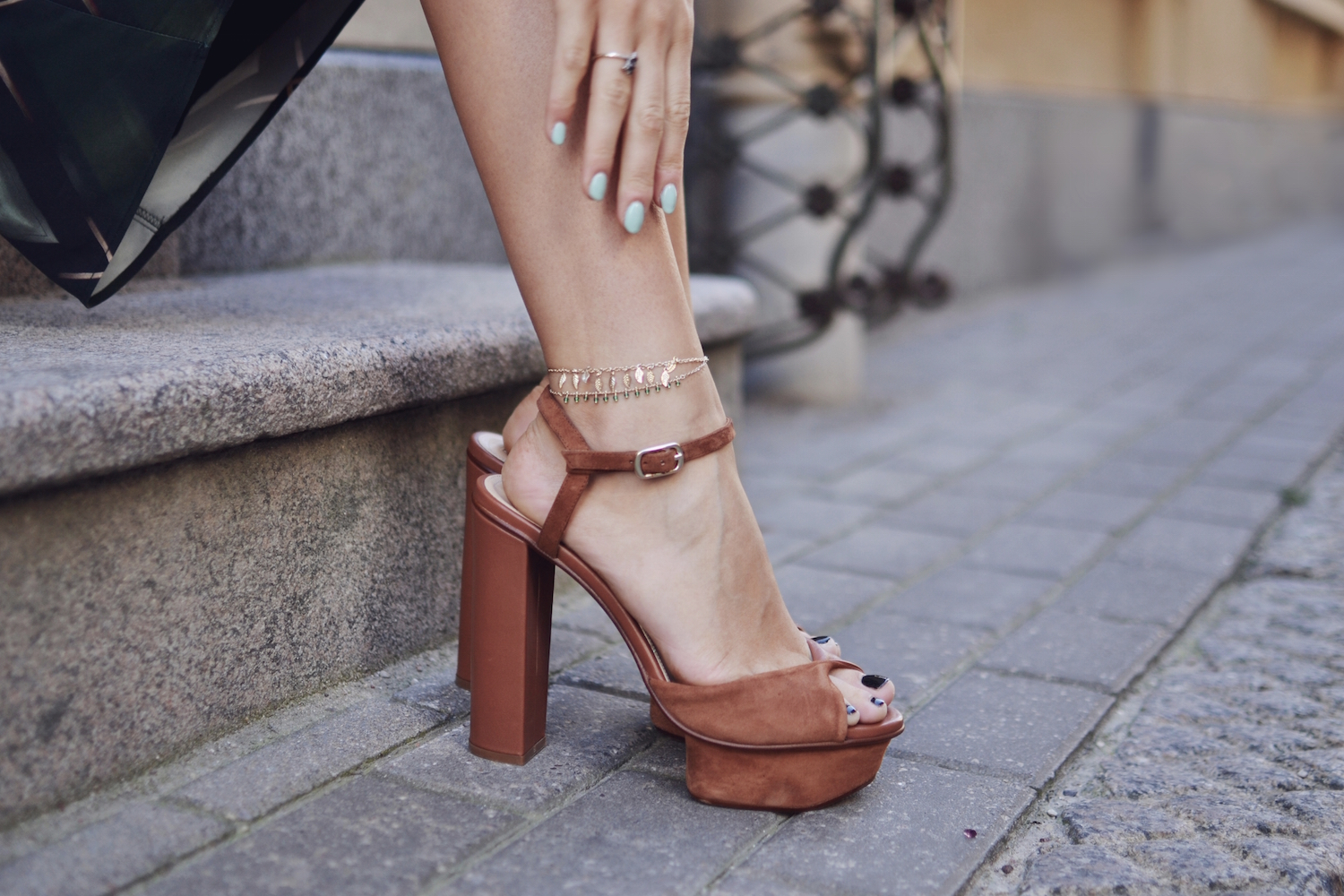 H&M chunky heels and anklet