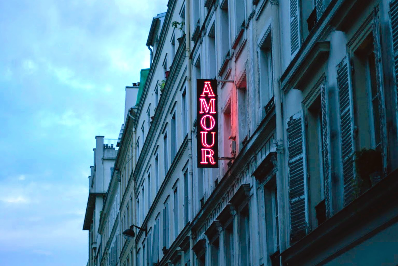 AMOUR a Paris - foto di Elisa Chisana Hoshi