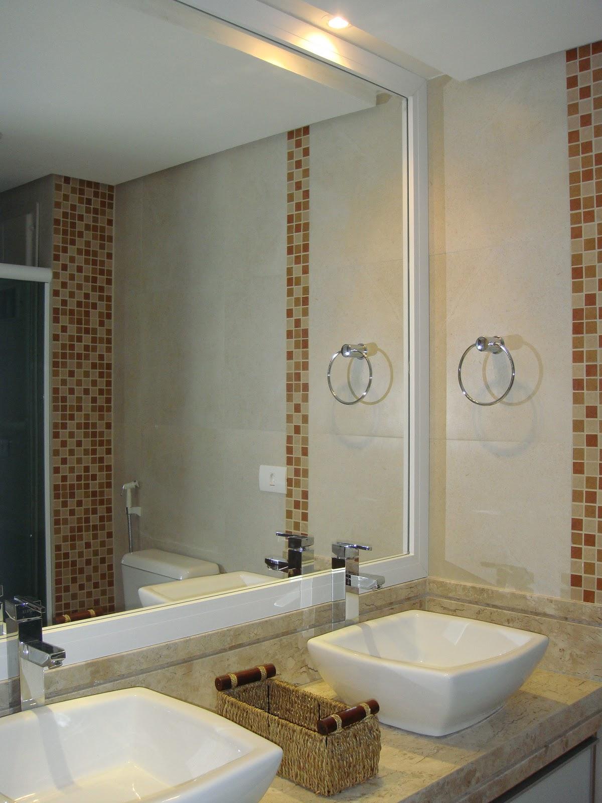 anos vou parar de falar e mostrar as fotos do banheiro do nosso quarto #604B33 1200 1600