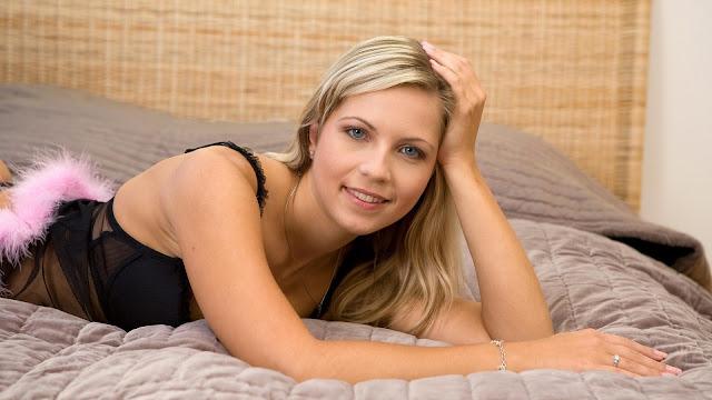 Jenni Gregg Beautiful Model