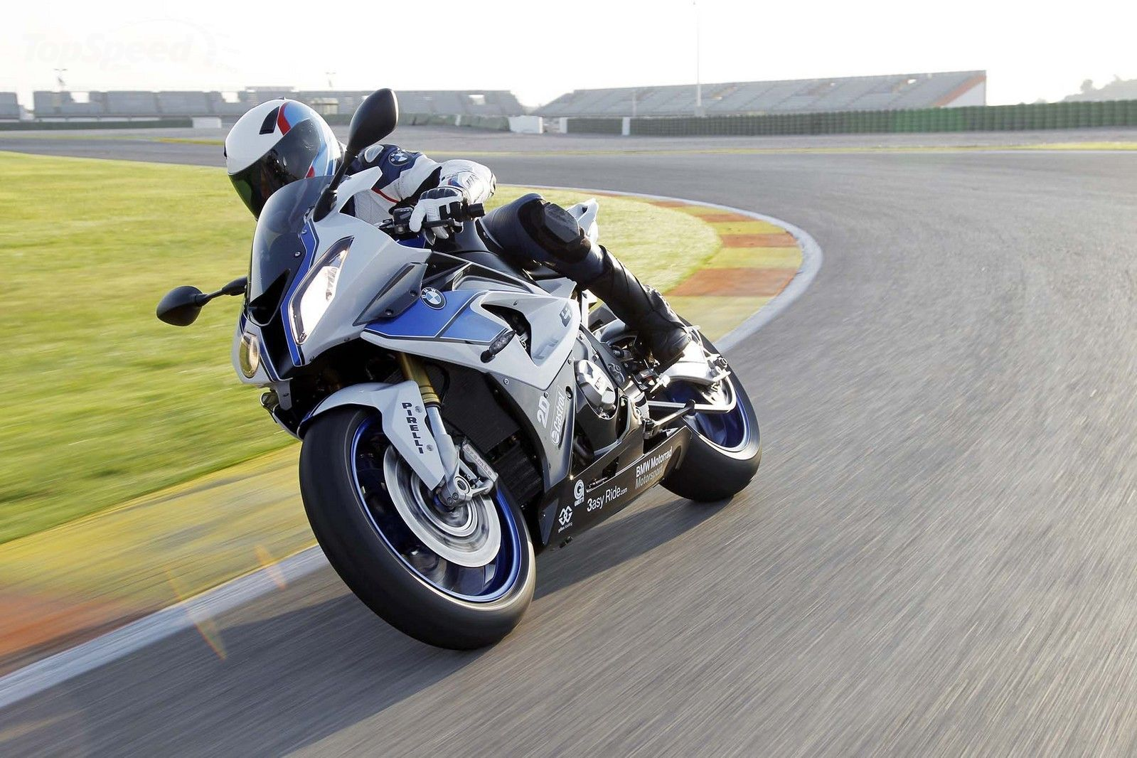 motos e 2013 BMW S1000RR HP4