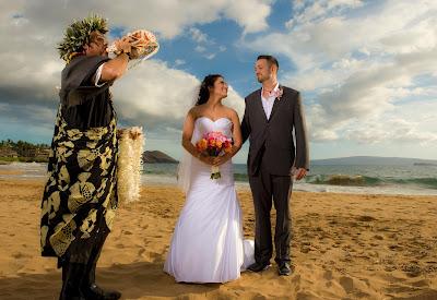maui weddings, maui wedding planners, maui wedding photographers, hawaii wedding planning