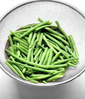 Stir-fried Green Beans with Beef Recipe (Đậu Xào Thịt Bò) 1