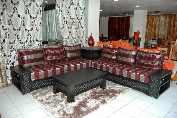 Le Journal D 39 Artisanat Marocain Un Salon Marocain Design Moderne Tr S Chic