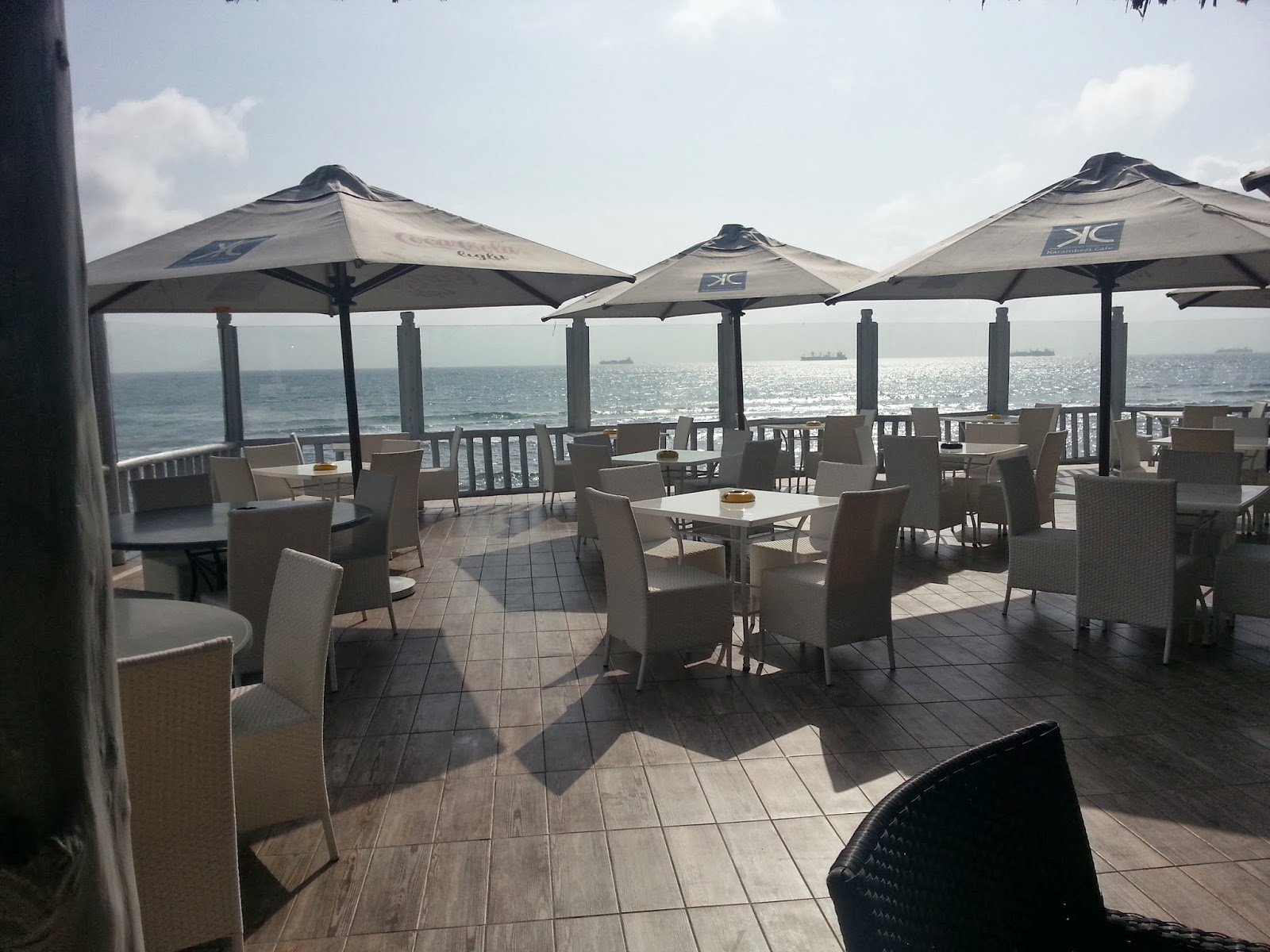 Sandisplash seacliff living on the edge of the indian ocean for Alcove indian cuisine