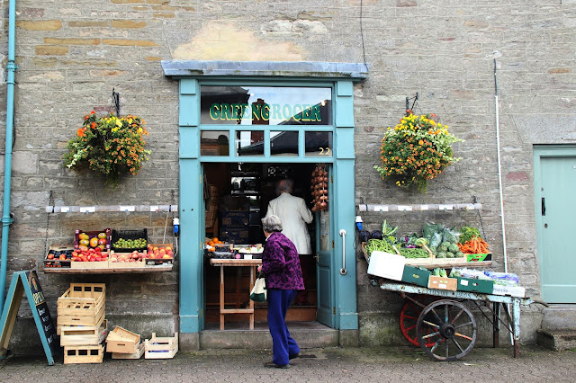grocery shop hay on wye