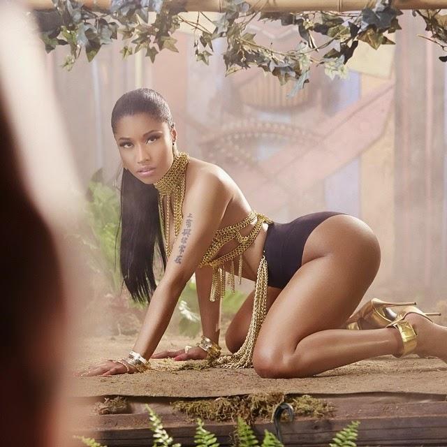 Nicki Minaj quiere algo con alguien