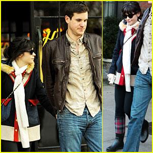 Zooey Deschanel 2013 Boyfriend Miley Cyrus Hot: Zooey...