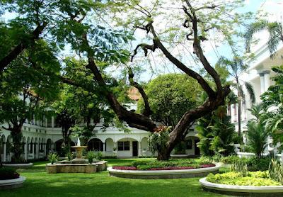 Daftar Hotel Murah Dekat Tunjungan Plaza Surabaya