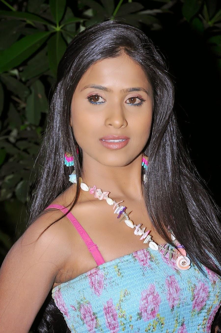 Actress Prashanthi glamorous photos-HQ-Photo-17