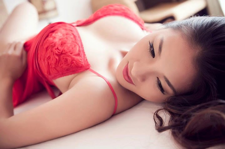 Thai Nha Van – new bomb sex in Vietnamese showbiz