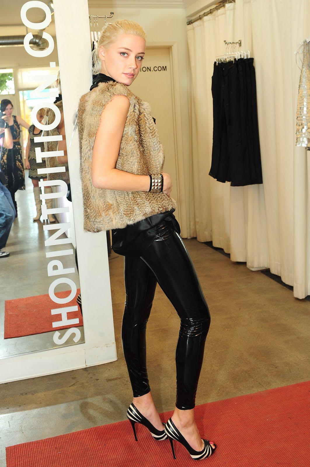 http://3.bp.blogspot.com/-REdPN2BTkac/ThvJMnzzMBI/AAAAAAAAAk0/ua9KLwWH7AE/s1600/63443_babayaga_Amber_Heard_shopping_at_Intuition_LA_11-06-2009_005_123_500lo.jpg