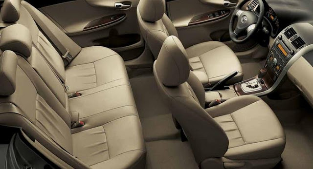 Toyota Corolla 2012 - interior