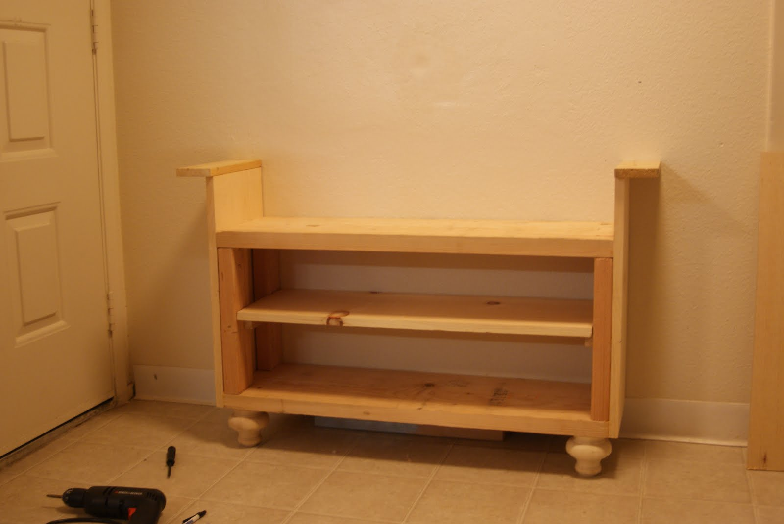 Project Caitlin 39 S Life Blog Diy Entryway Bench And Shoe Rack