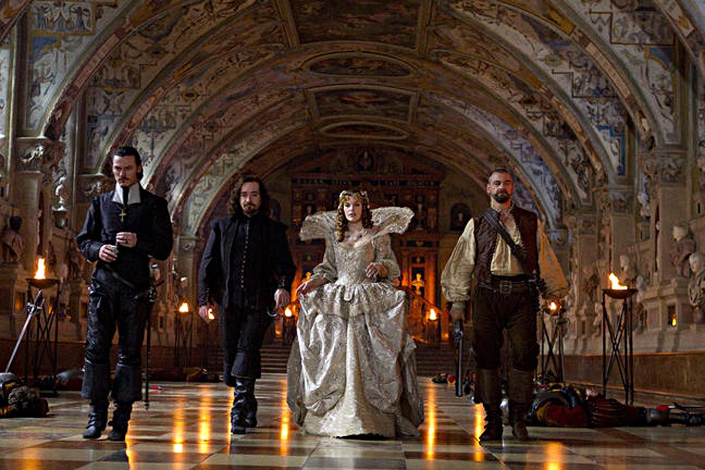 http://3.bp.blogspot.com/-REogYuXAZXs/Tm2gAHVNcTI/AAAAAAAABQ0/xcX9YtXkPpA/s1600/New+three+musketeers+2011+villains+Duke+of+Buckingham+orlando+bloom+Milady+de+Winter+Milla+Jovovich+Cardinal+Richelieu+Christoph+Waltz.jpg