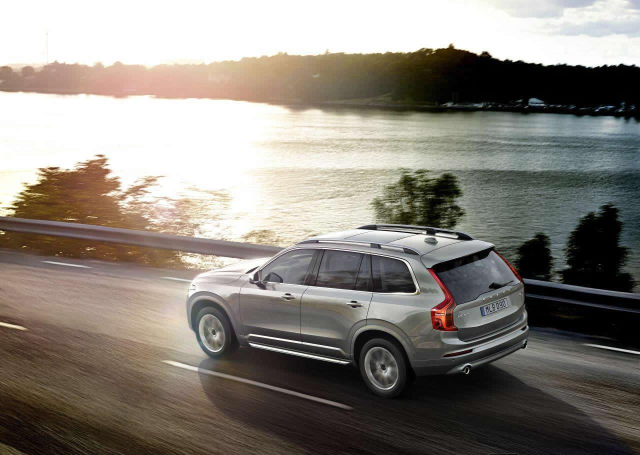 all new 2016 volvo xc90 suv exposed in 71 photos carscoops. Black Bedroom Furniture Sets. Home Design Ideas