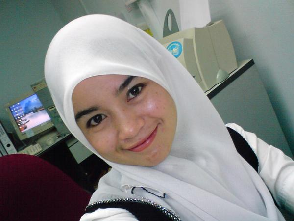 gadis-melayu-malaysia-1.jpg