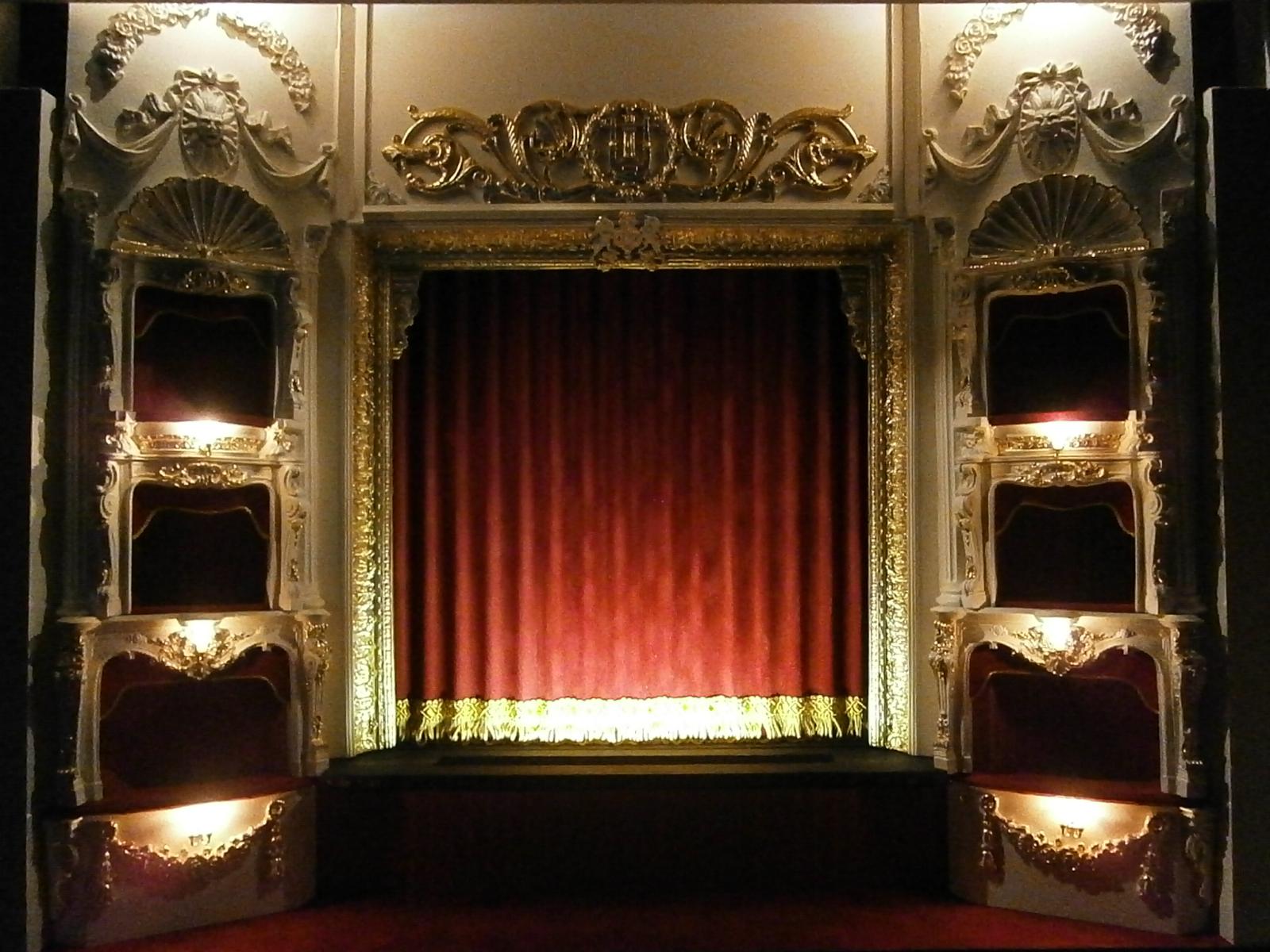 Model Theatre