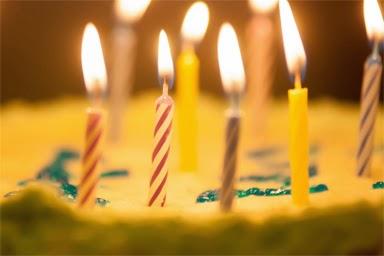 birthday candles cake close up