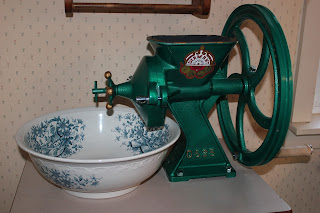 A Manual Grain Mill and why you need one – 3/9/12