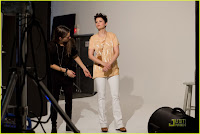 Ginnifer Goodwin and Penn Badgley: H&M Fashion Against AIDS!