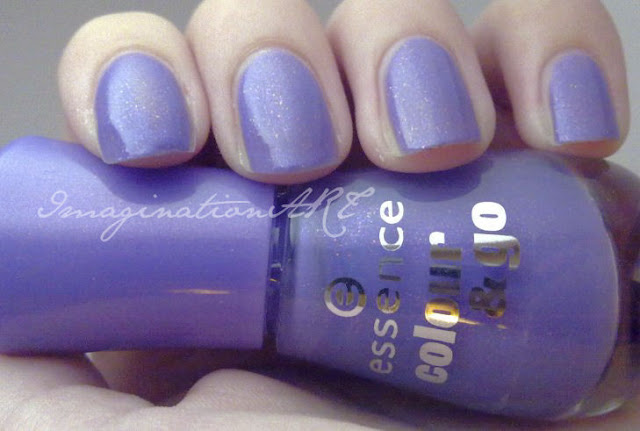 Essence n°133 Oh My Glitter Linea Colour&Go swatches smalto unghie nail polish lacquer