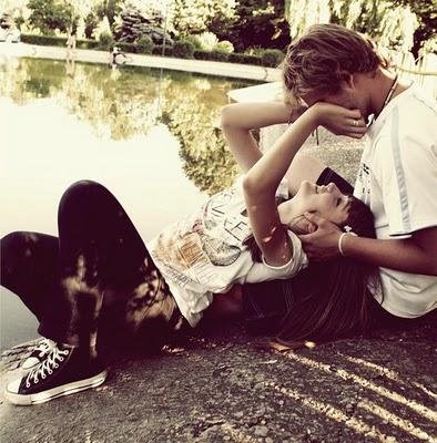 El amor verdadero es cuando tu alma reconoce sus afinidades con otra alma.