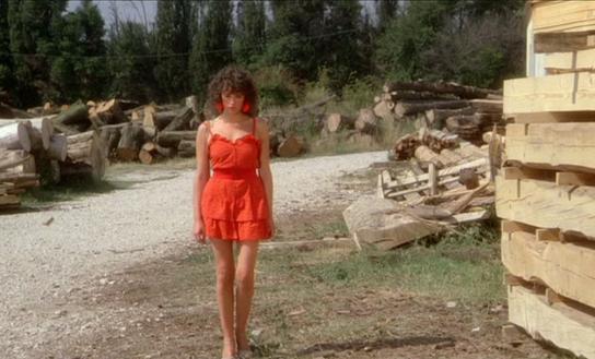 robe à volants l'été meurtrier